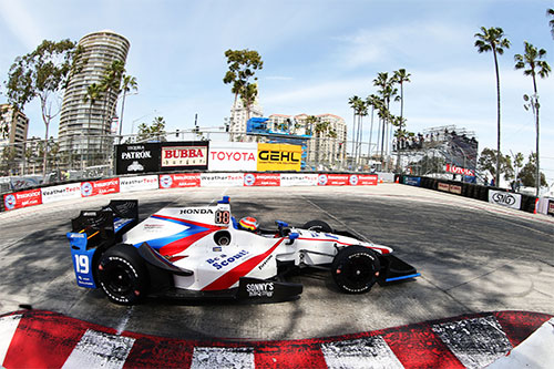 Jones praised for 'phenomenal' top six Long Beach charge